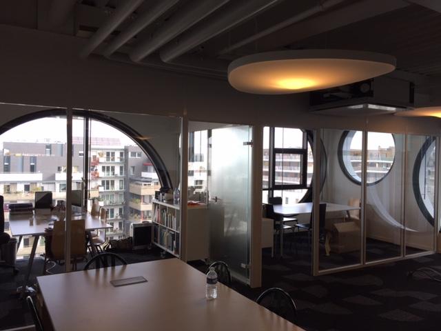Conception de bureaux vitrés