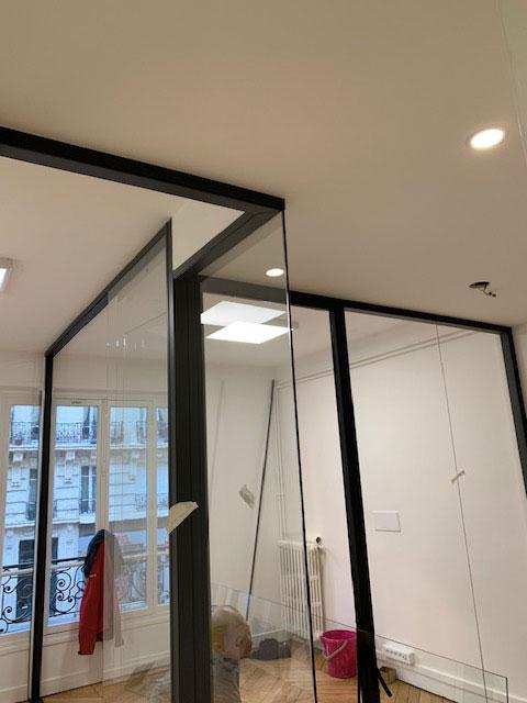 Plafond asymétrique
