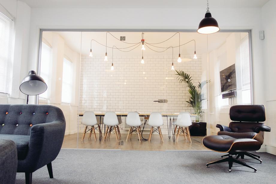 salle-réunion-cloison-vitrée